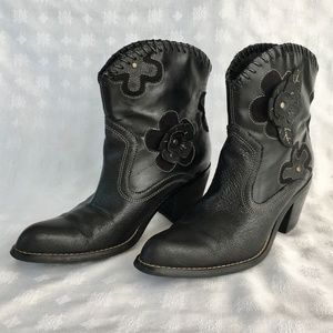 Nine West Ankle Cowgirl Boot 6.5